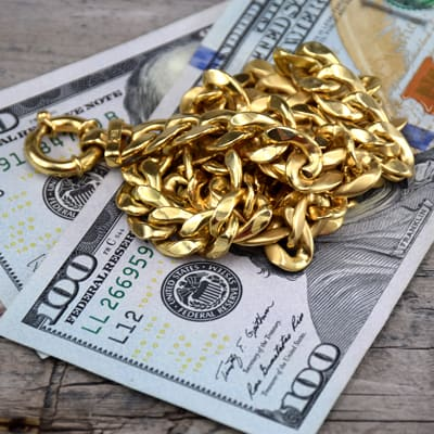 18k gold necklace with cash